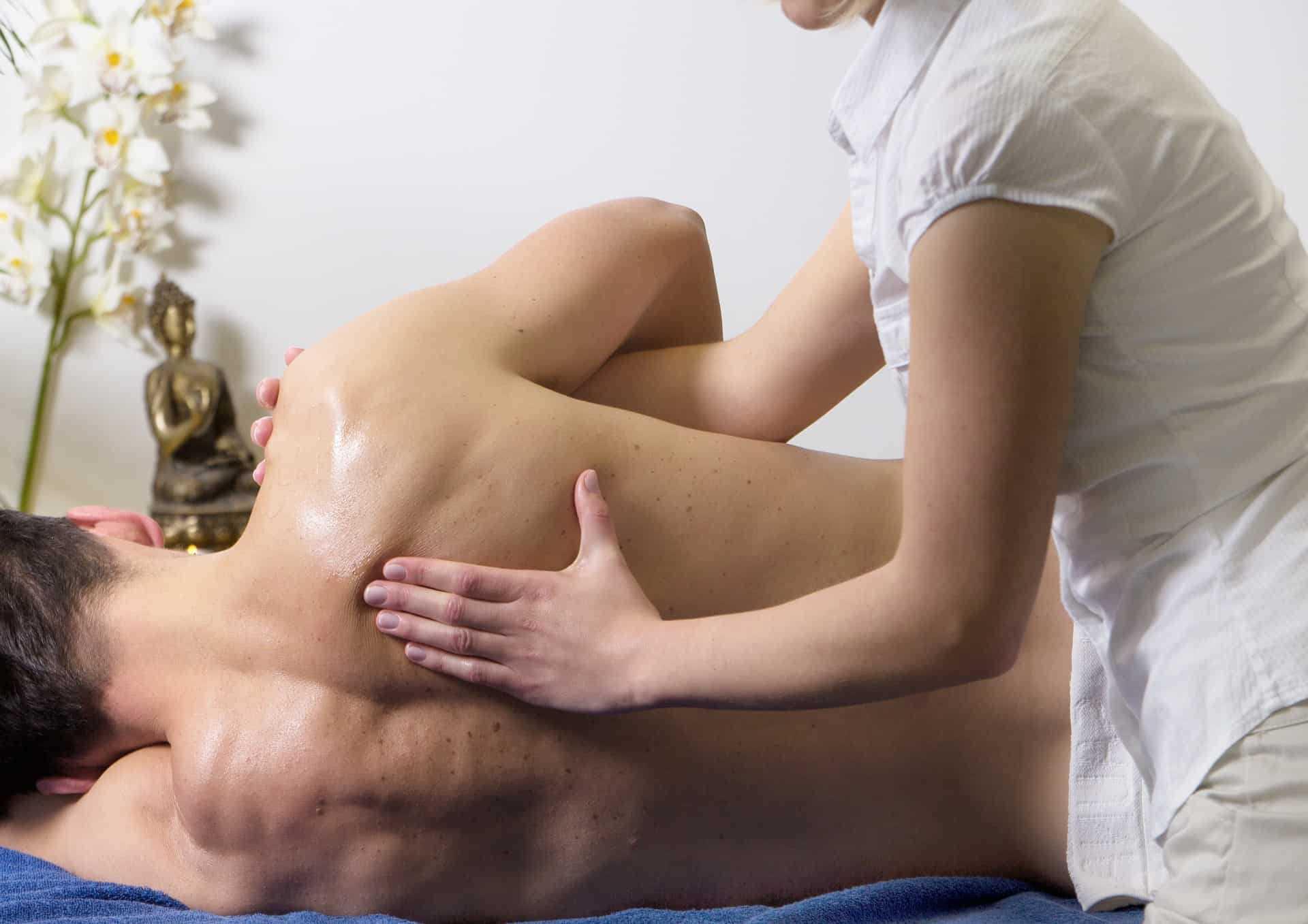 Masaz-sportowy-nie-tylko-dla-sportowcow-RosaMed